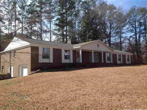 4Br, 3Ba Home For Sale on 8401 Hwy : Hokes Bluff : Etowah County : Alabama