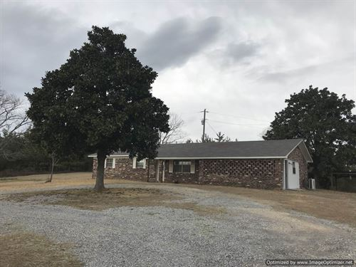Ranch Home On 3+/- Acres : Soso : Jasper County : Mississippi