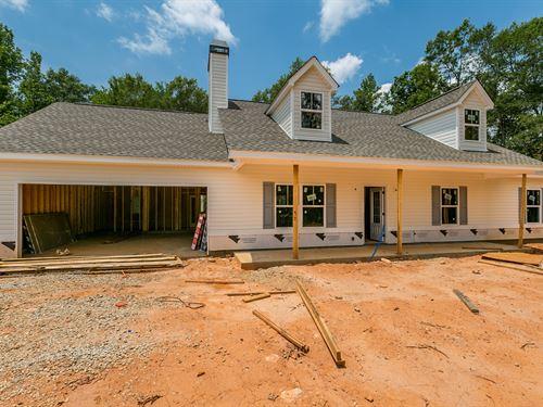 One Level New Construction On 4+ Ac : Monroe : Walton County : Georgia