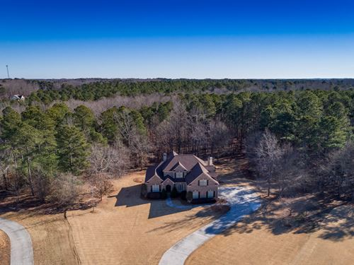Custom Estate Home W/ Lake Frontage : Monroe : Walton County : Georgia