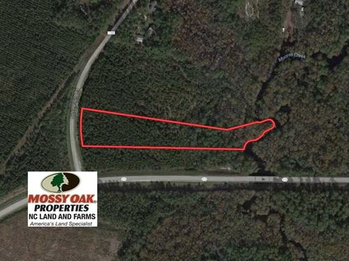 Reduced, 3.68 Acres of Residentia : Currie : Pender County : North Carolina
