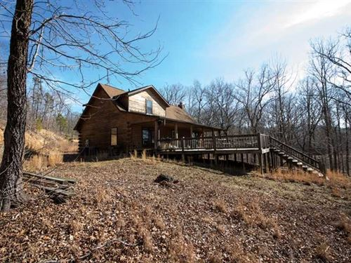 Log Home For Sale Close to Current : Doniphan : Ripley County : Missouri
