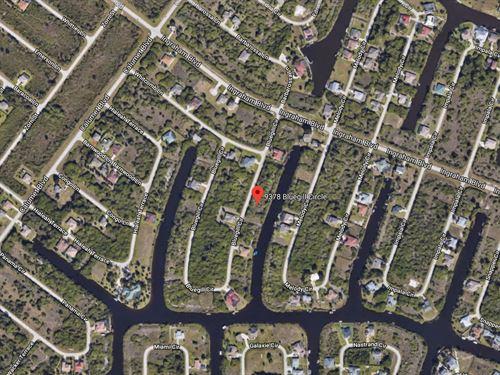 Beautiful Waterfront Lot : Port Charlotte : Charlotte County : Florida