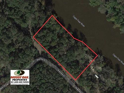 1.5 Acres of Residential Water : Elizabethtown : Bladen County : North Carolina