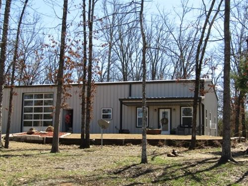 Country Living At It's Best : Paris : Lamar County : Texas