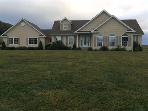 13 Acre Farm Modern House & Barn : Vintondale : Indiana County : Pennsylvania