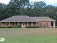 Beautiful Home With Acreage in Terr : Terry : Hinds County : Mississippi