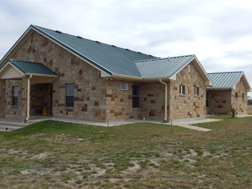 4 Bdrm 4 Bath, 11 Acres, Troy Isd : Temple : Bell County : Texas