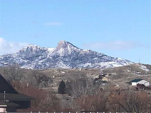 9.78 Acres of Irrigated Vacant Lan : Cody : Park County : Wyoming