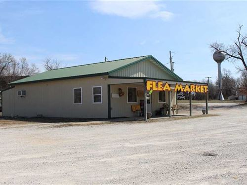 Commercial Building on : Cross Timbers : Hickory County : Missouri