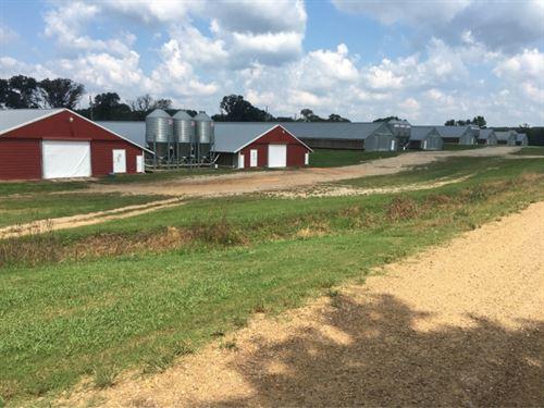 8 Broiler Houses On 20 Acres In Nes : Philadelphia : Neshoba County : Mississippi