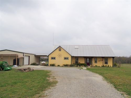 Country Home On Small Acreage : Wolfe City : Hunt County : Texas