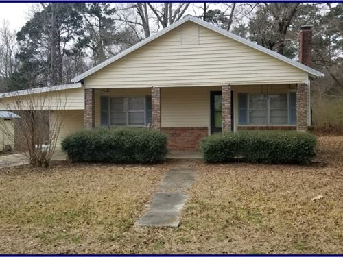 Home On 4.2 Acres In McCall Creek : McCall Creek : Franklin County : Mississippi