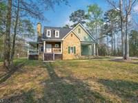 3 Br Craftsman Home On 4 Wooded Ac : Greensboro : Greene County : Georgia