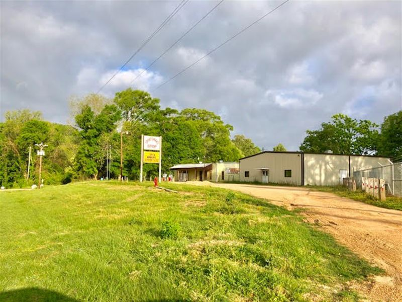 Hunting fishing camp or restaurant lot for sale for Fishing camps for sale in mississippi