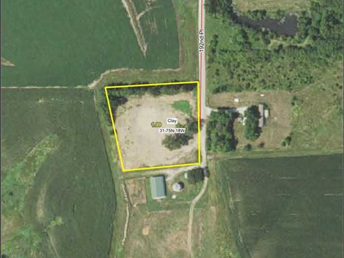 2 Acres M/L in Marion County : Tracy : Marion County : Iowa