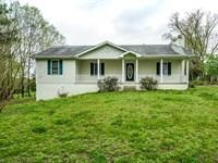 3 Ac W/ Hm, Rv Carport, Barn, Pond : Hilham : Clay County : Tennessee