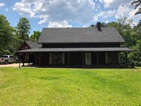 Home And 2 Acres With Pond And Pool : Magnolia : Pike County : Mississippi