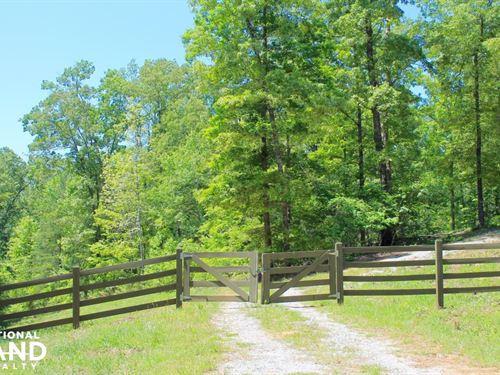The Helena Laurel Lakes Tract : Helena : Jefferson County : Alabama