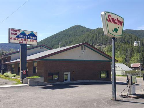 Little Belt Mountain Lodge, Lounge : Great Falls : Cascade County : Montana