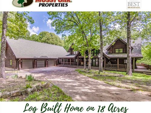 5500+ Sf Log Home Near The James : Clever : Stone County : Missouri