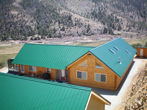 8669996, Nestled On A Hill : Villa Grove : Saguache County : Colorado