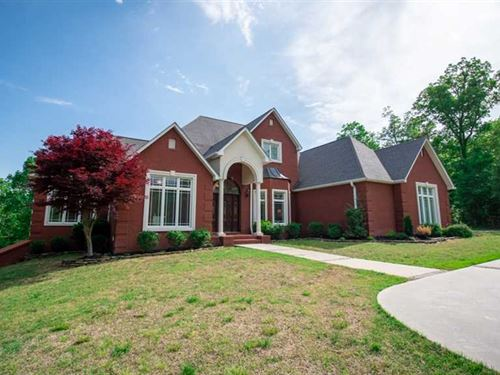 Large Residential Home on 6.5 Acre : Poplar Bluff : Butler County : Missouri