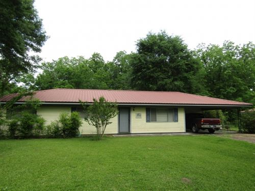 5 Acres With Home In Hinds County : Raymond : Hinds County : Mississippi