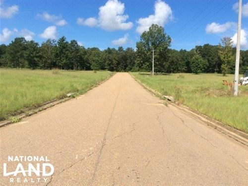Commercial Lot, 8 Brandon, MS : Brandon : Rankin County : Mississippi