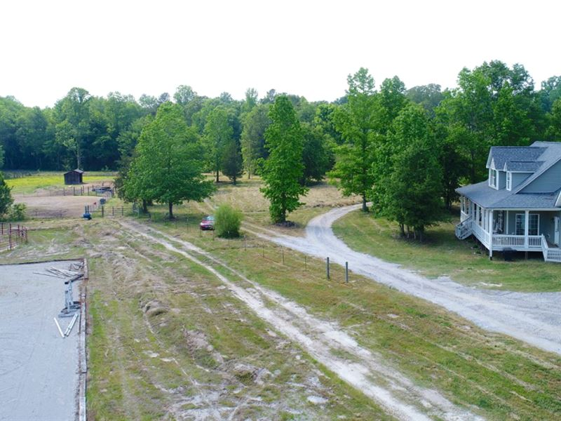 Equestrian Farm House : Piedmont : Anderson County : South Carolina