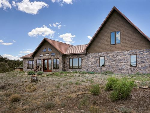 7509452, Thoughtfully Constructed : Salida : Chaffee County : Colorado