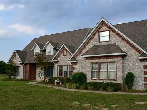 Custom Home With Pool On 4+ Acres : Dike : Hopkins County : Texas