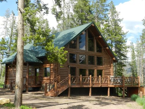 Pintler Vista Log Home : Anaconda : Deer Lodge County : Montana