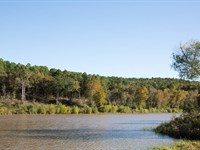 Beautiful Lake Front Retreat : Wilburton : Latimer County : Oklahoma