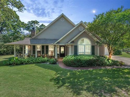 Country Living Only Minutes From : College Station : Brazos County : Texas