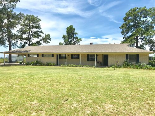 Ranch Style Home On 4+ Acres : Sulphur Springs : Hopkins County : Texas