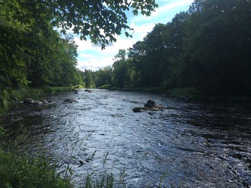 On The Deer River : Brasher Falls : New York County : New York