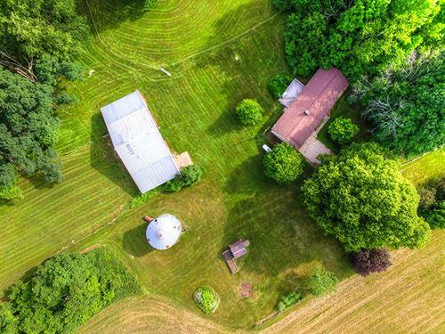 Hunt, Hobby Farm & Home : Sand Lake : Newaygo County : Michigan