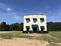 Commercial Building With 2-Bay Shop : Brookhaven : Lincoln County : Mississippi