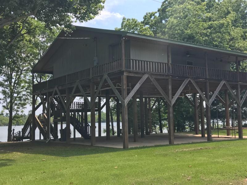 Camp on Lake Yucatan : Newellton : Tensas Parish : Louisiana