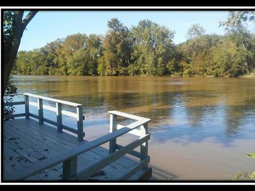 Muskingum River Retreat : McConnelsville : Morgan County : Ohio
