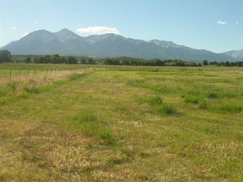 2087943-Breaktaking Views : Salida : Chaffee County : Colorado