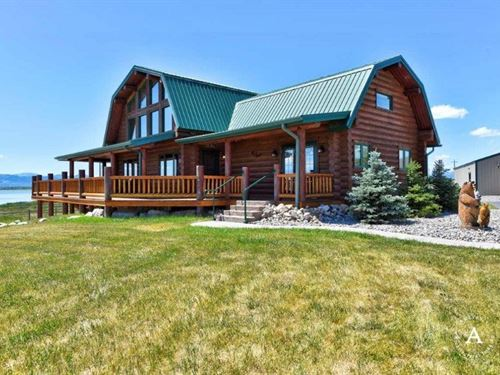 Lakefront Horse Property : Helena : Lewis And Clark County : Montana