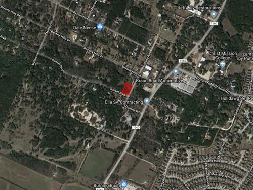 1-Acre Lot In The Growing City : Bryan : Brazos County : Texas