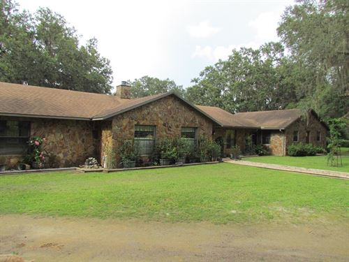Beautiful 4/3 Home On 15.5 Ac : Chiefland : Levy County : Florida