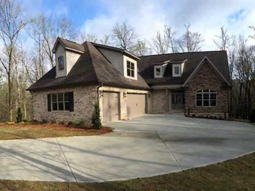 Luxurious New Build In River Forest : Forsyth : Monroe County : Georgia