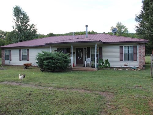 Double Springs Runs Through 5 Acres : Hulbert : Cherokee County : Oklahoma