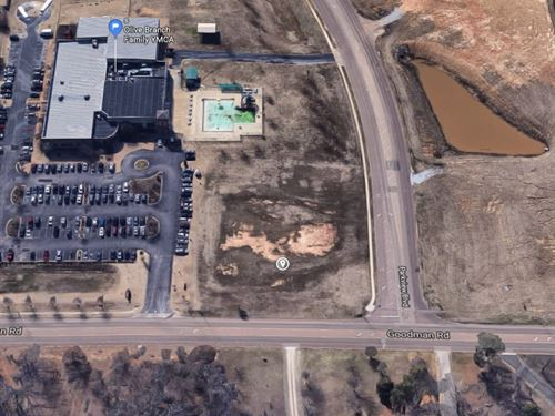 Commercial Development Lot Auction : Olive Branch : DeSoto County : Mississippi