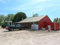 Turn-Key Convenience Store And Land : Haworth : McCurtain County : Oklahoma
