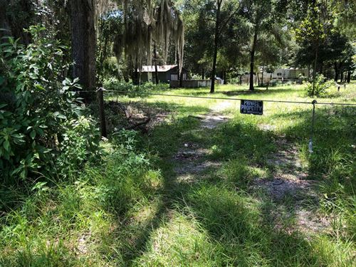 2 Lots In City Limits 776163 : Chiefland : Levy County : Florida